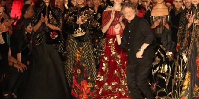Rohit Bal S Nature Inspired Collection Ends The India Couture Week 2018 On A High Fashion And Trends The Entrepreneur Fund